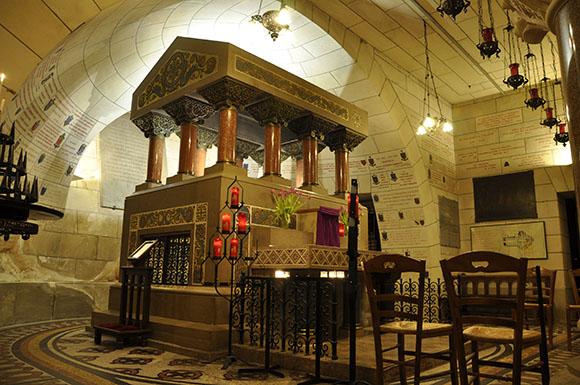 Tomb of Saint Martin-web.jpg