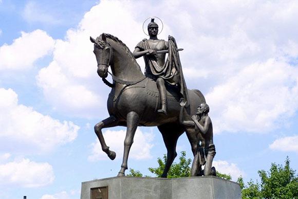 Monument to Saint Martin of Tours in Odolanów, Poland-web.jpg